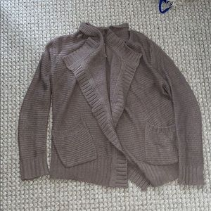 Ute sweater
